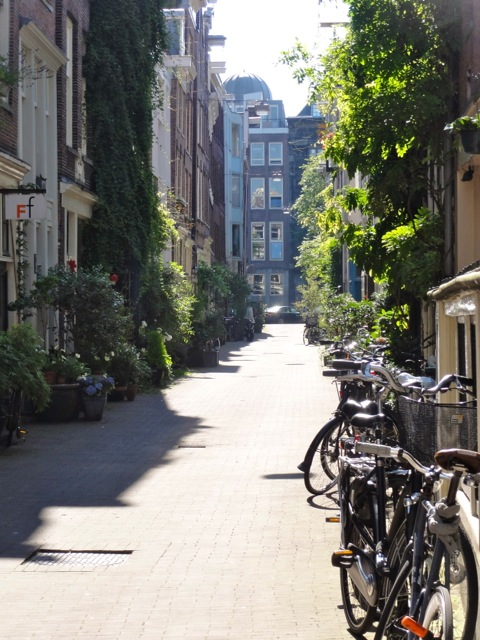 Amsterdam Netherlands Photo Essay - Lane