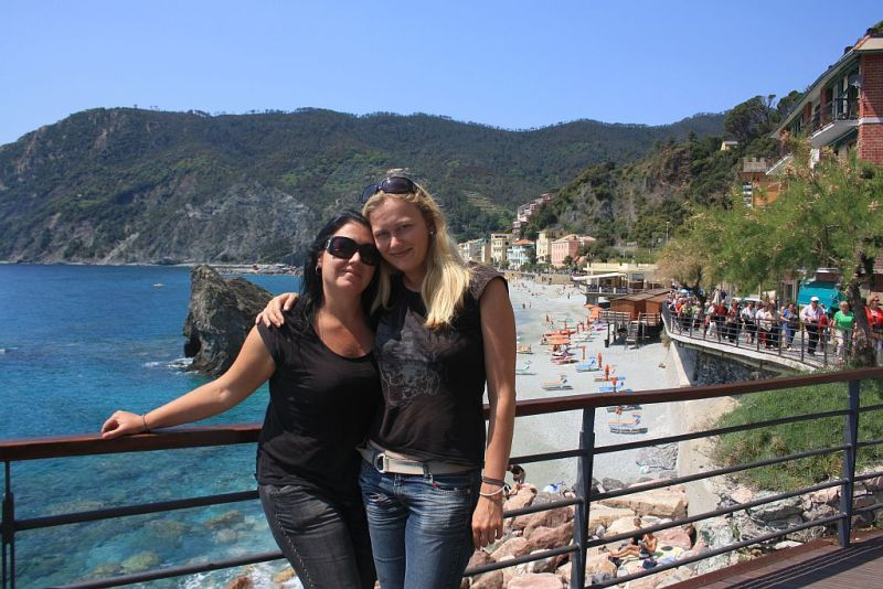 An Interview With A Traveler   GlobeTrotterGirls.com - Dani & Jess in Cinque Terre Italy