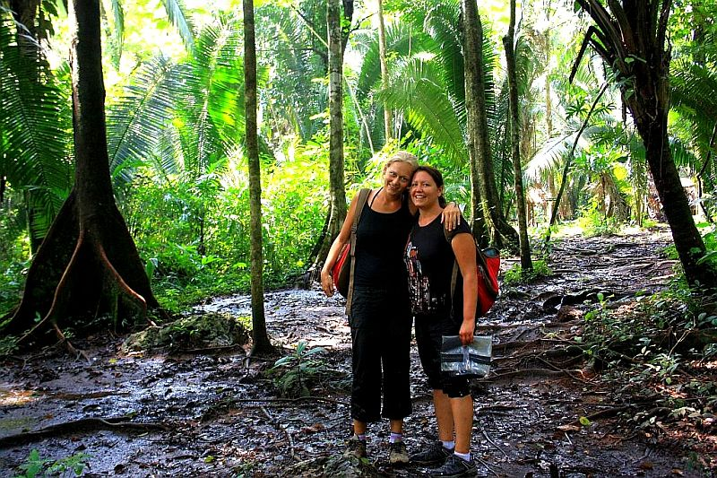 Globetrottergirls in the jungle in Belize