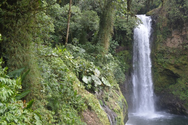 Natures Best Photo Essay - Costa Rica Waterfall
