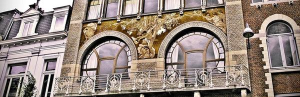 Art Nouveau - Example 2