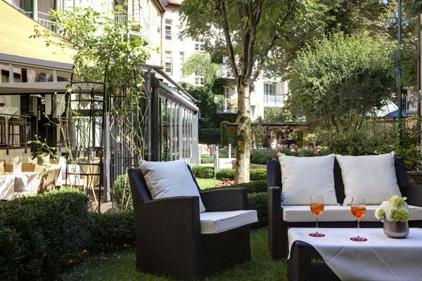 Maximiian Apartments & Hotel Munich - Gardens