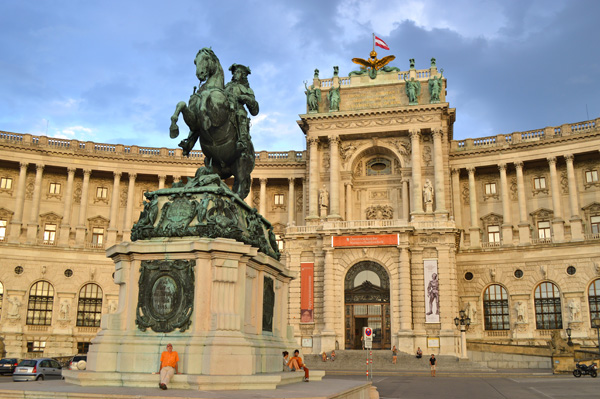 Vienna Photo Post - Horse Statue