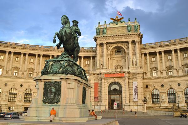Vienna Photo Post - Horse Statue