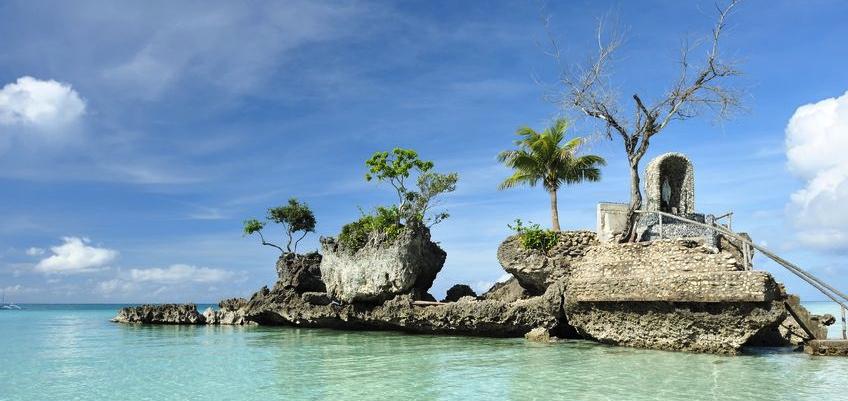 PHILIPPINES HUT OCEAN