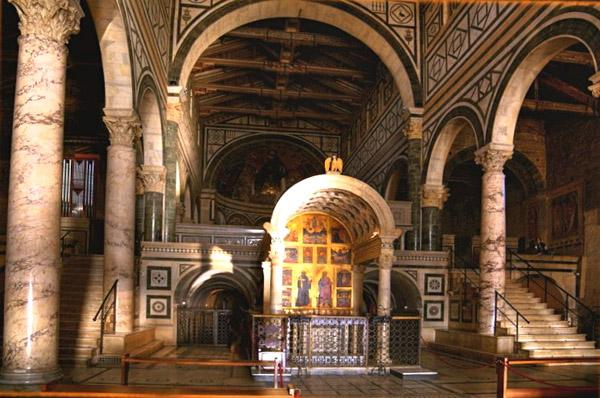 Things to do in Florence - sanminiatotabernacle - source san-miniato-al-monte dot com