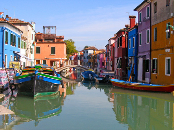 Top Things to do in Venice Italy - Burano Island