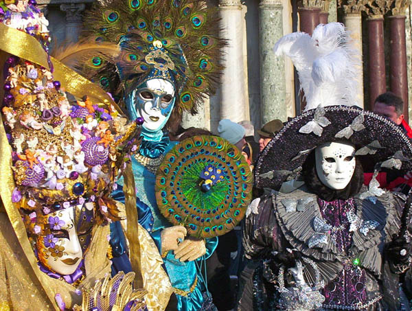 Top Things to do in Venice Italy - Masks