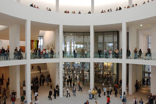 Top 3 Museums in Munich Germany - pinakothek-der-moderne - photo source - http://www.pinakothek.de