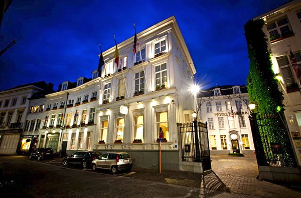 History and Charm at Hotel Navarra Bruge - Hotel Front