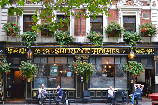 Top Things to do in London - Pub