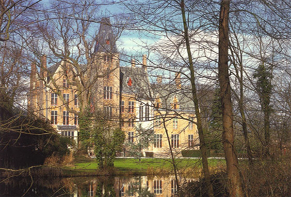 Things to do in Bruges Belgium - Loppem Castle - photo source - www.kasteelvanloppem.be