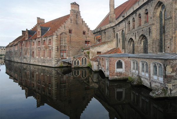 Things to do in Bruges Belgium - Museum St Janshospitaal  - photo source - visitbruges.be