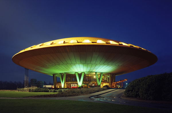 Top Things to do in Eindhoven Netherlands - Evoluon - source - www.mimoa.eu