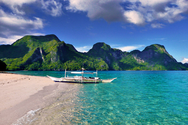 Travel Bloggers Tell All - Our Favorite Places - Just One Way Ticket - El Nido