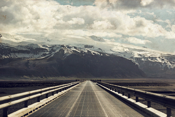 Travel Bloggers Tell All - Our Favorite Places - Wander the Map - Iceland