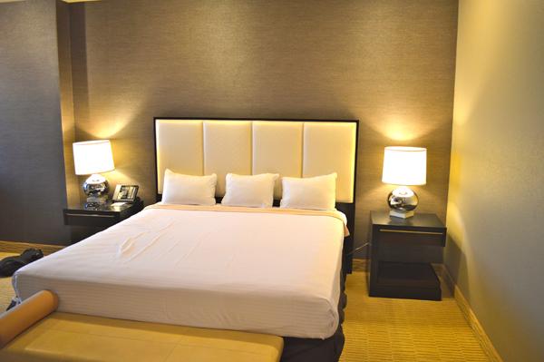 Glitz, Glamor & Gambling at Plaza Hotel & Casino Las Vegas - Bed