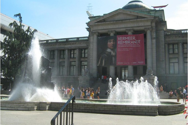So Much to Explore in Vancouver Canada - Vancouver Art Gallery -virtualtourist com