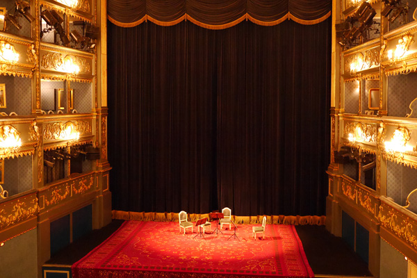 Three Days in Prague - The gem of Eastern Europe - Estates-Theater