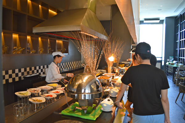 The Magic of Mövenpick Mactan Island Cebu - Breakfast
