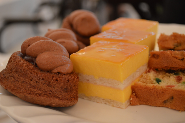 An Afternoon of High Tea & History at Raffles Singapore - Food 3