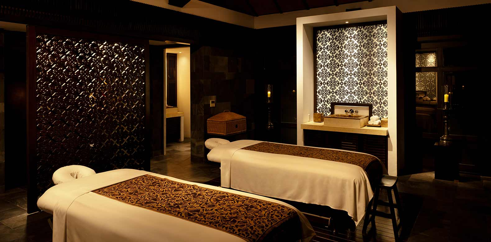 Most luxurious hotel spas in the world suitcase stories for Hotel luxury world